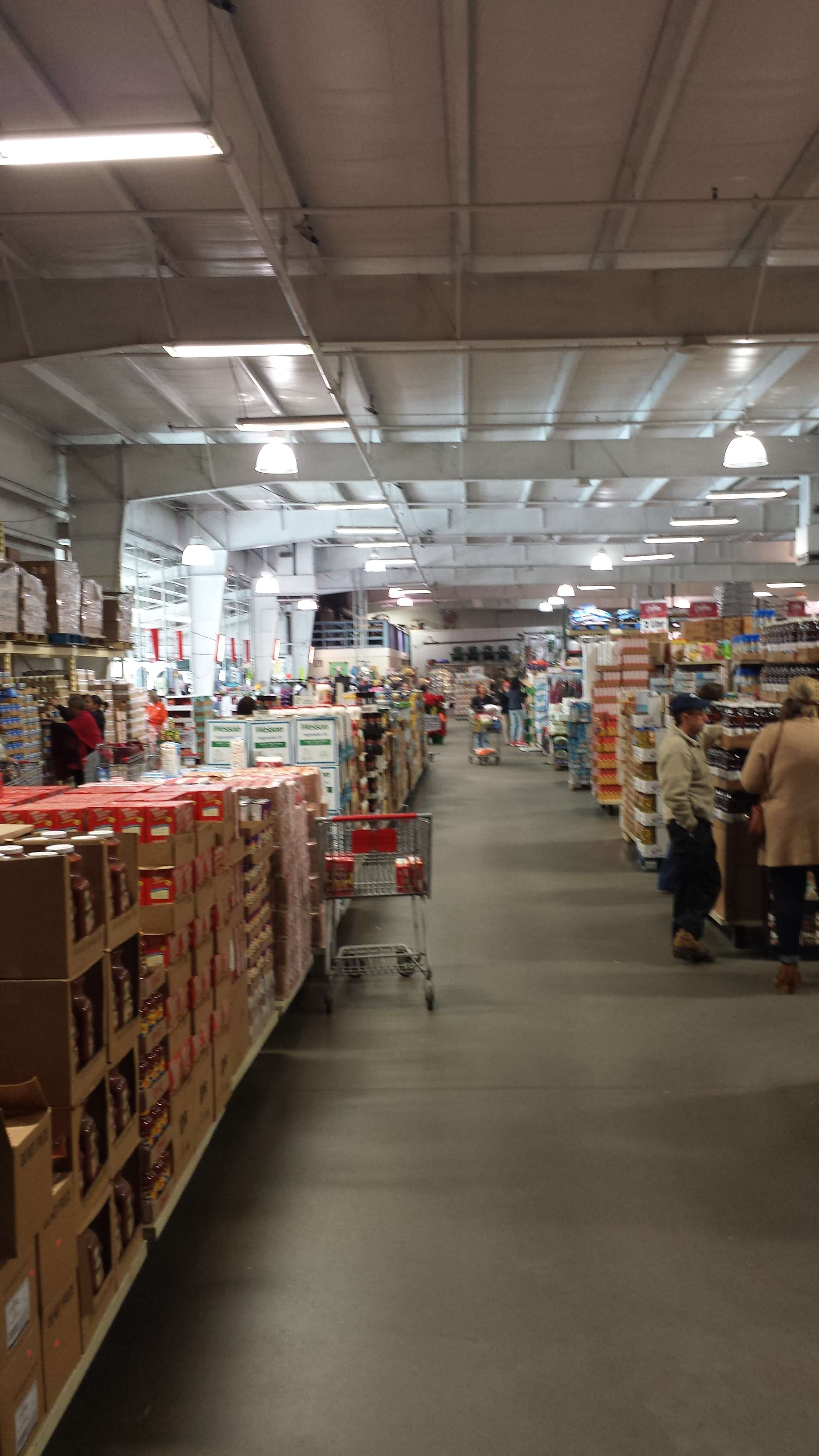 Bargain Foods Pelzer SC inside front view